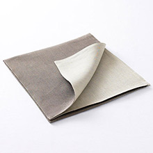 Chilewich Reversible Linen Napkin Natural / Taupe
