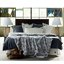 Grand Design Classic Quilt Bedspread / Throwover White