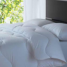 The Fine Bedding Company The Spundown Duvet for All Seasons