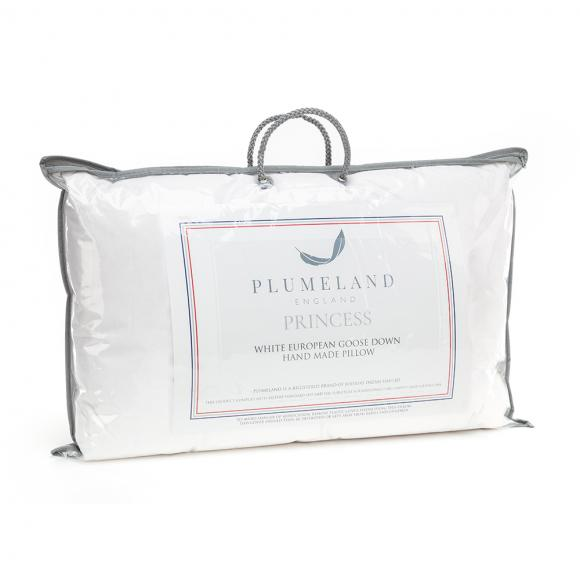 Plumeland Princess Pillow in Natural